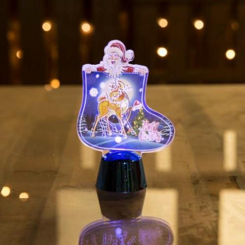 Karácsonyi asztali LED dekor - fényes talppal - csizma - kék - 12 cm